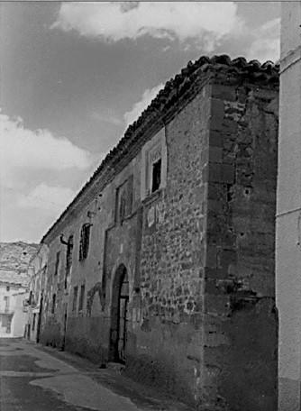 Fachada de la Casa de San Millán en Torrelapaja
