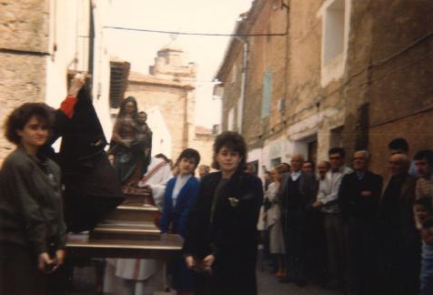 La Virgen en la procesión del Encuentro de Torrelapaja